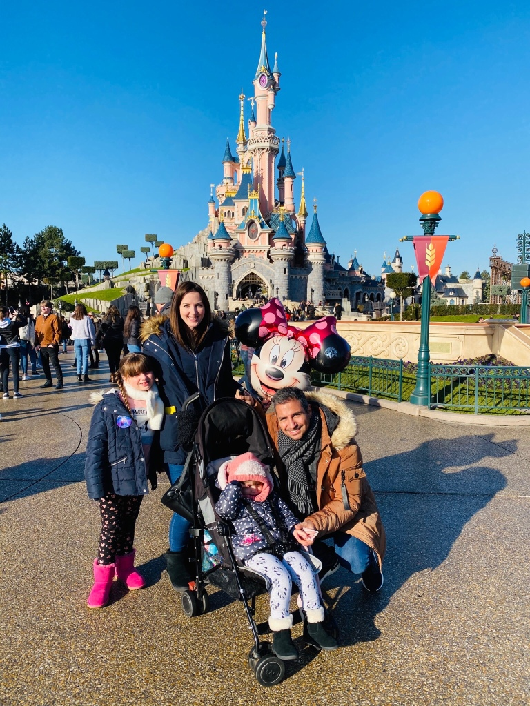 family Disneyland Paris castle